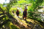 Akha women in Ban Lorcha village (บ้านหล่อชา)